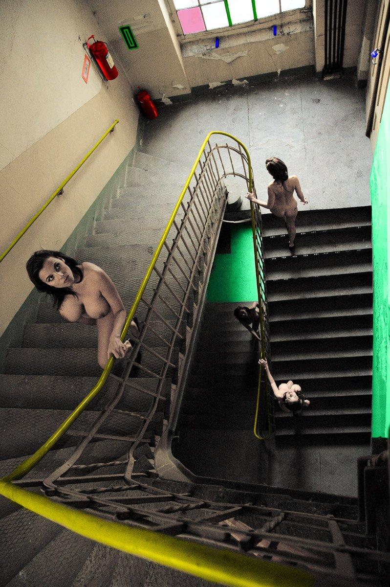 na schodach 09-2